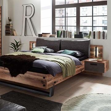 Stella Trading DOVER Stilvolle Doppelbett Bettanlage mit Nachtkommoden & LED-Beleuchtung 180 x 200 cm - Schlafzimmer Komplett-Set in Alpine Lodge Optik, Betonoxid - 289 x 97 x 216 cm (B/H/T) - 2