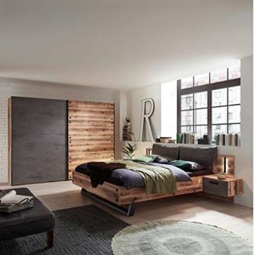 Stella Trading DOVER Stilvolle Doppelbett Bettanlage mit Nachtkommoden & LED-Beleuchtung 180 x 200 cm - Schlafzimmer Komplett-Set in Alpine Lodge Optik, Betonoxid - 289 x 97 x 216 cm (B/H/T) - 4